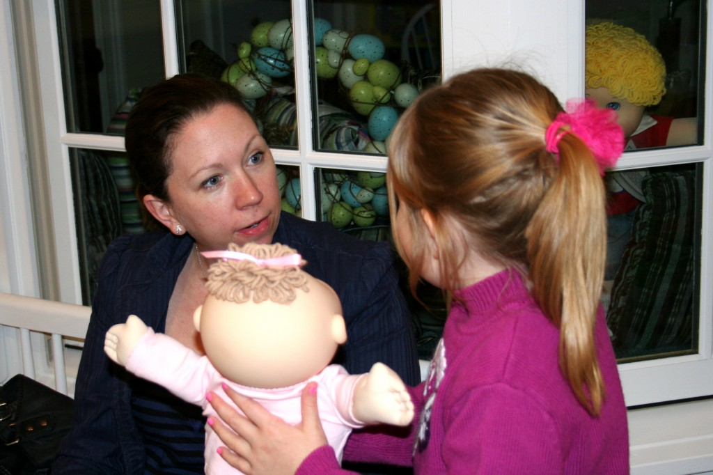 Tiller introduces her new baby to her Aunt Lisa.