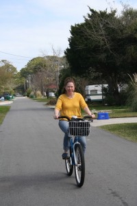 This is the first of a group of action shots involving Lisa and the bike. You know, to prove that we actually rode the bikes. Because some people think we just drink and lounge at the beach. Although the bikes DO have drink holders. Just sayin.'