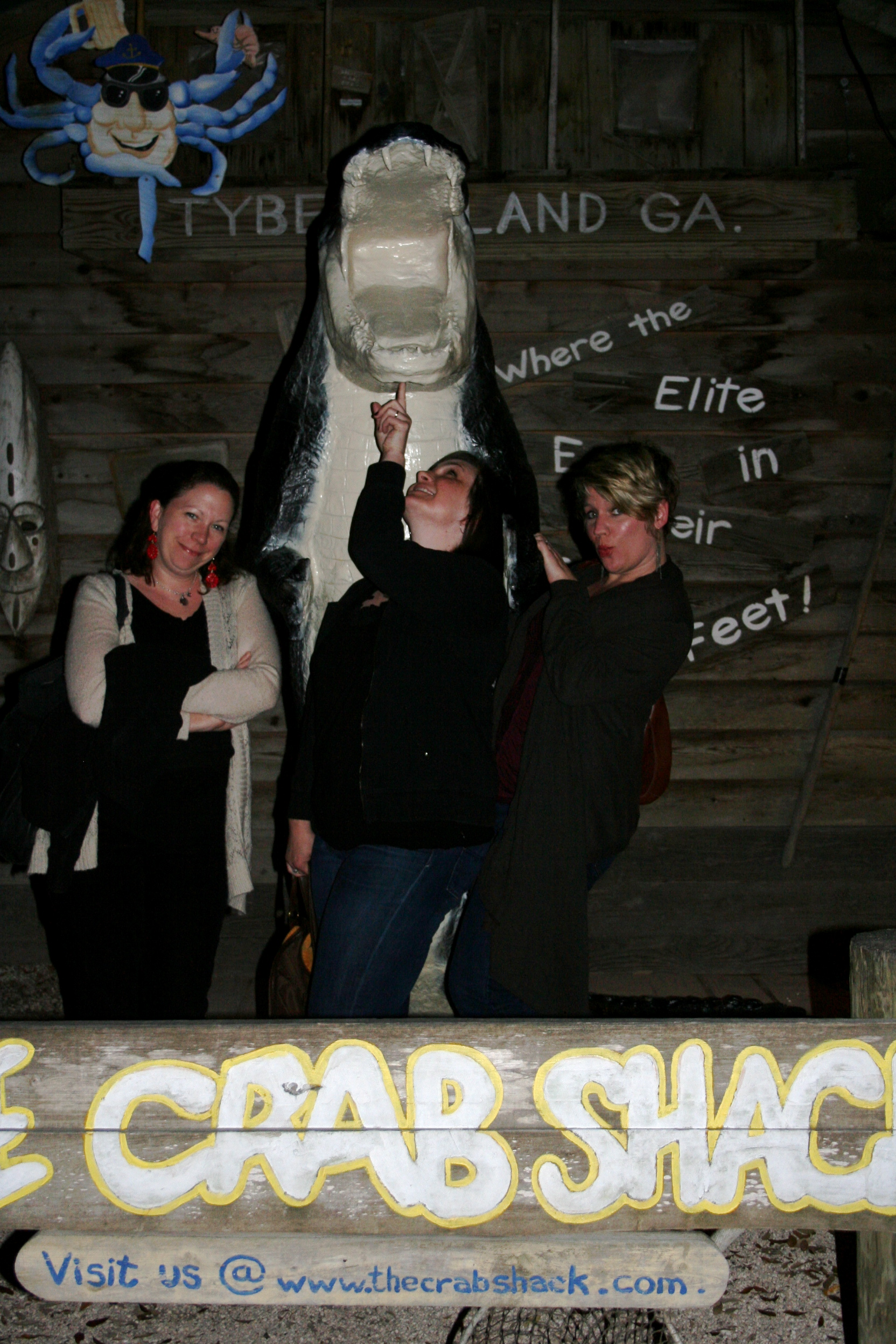 Crazy Crab Shack Girls.