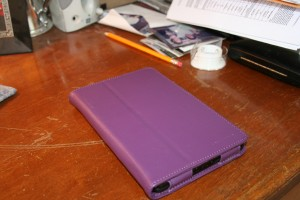 I love purple. DG trivia: Favorite colors? Purple, green, and black.